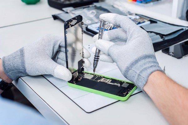 6 lý do nên học nghề sửa chữa điện thoại trong năm 2019